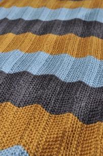Knitted chevron baby blanket
